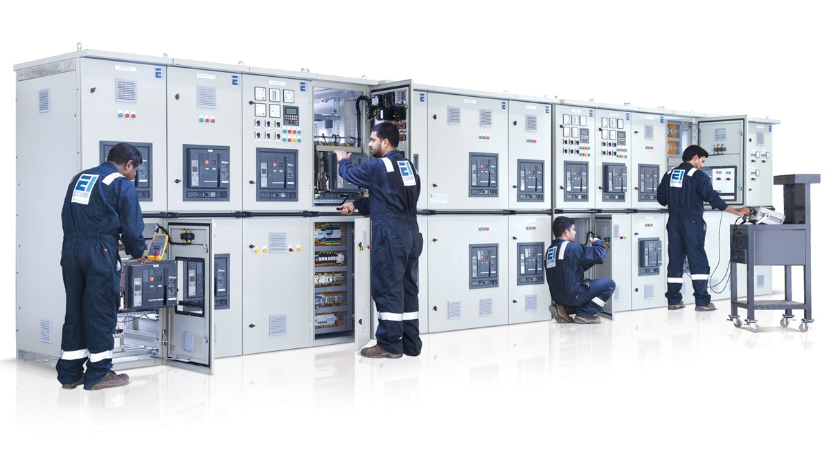 Marine switchboard with power management system